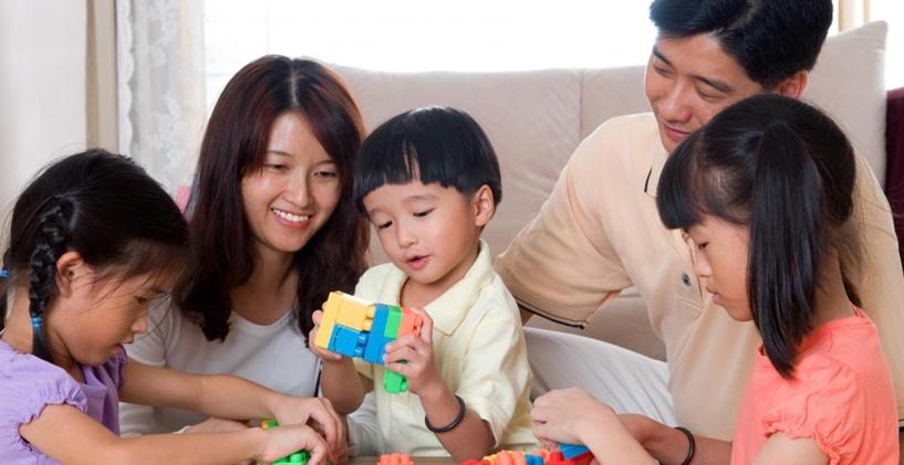 Çocuklarda dil gelişimini etkileyen faktörler nelerdir?