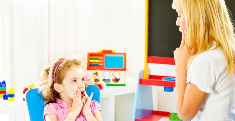 Estill Voice Training'den ilham alan Ses Terapisi