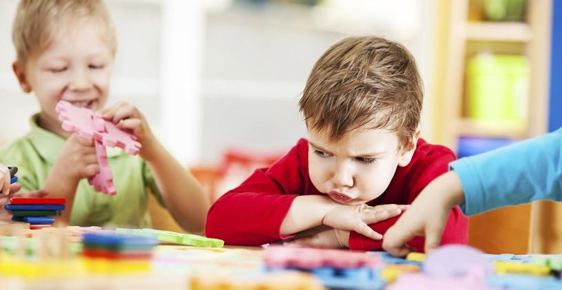 Çocuklarda Görülen Sosyal-Duygusal ve Davranışsal Problemler Hakkında Bilinmesi Gerekenler