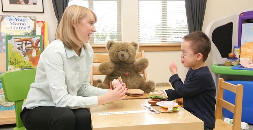 Down Sendromu: Çocuğunuzun İletişim Kurmayı Öğrenmesine Yardımcı Olun