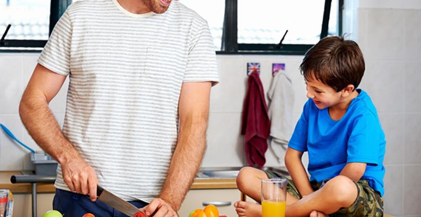 Çocuğunuzla Beraber Yapabileceğiniz Kolay Ev İşleri İçin İpuçları
