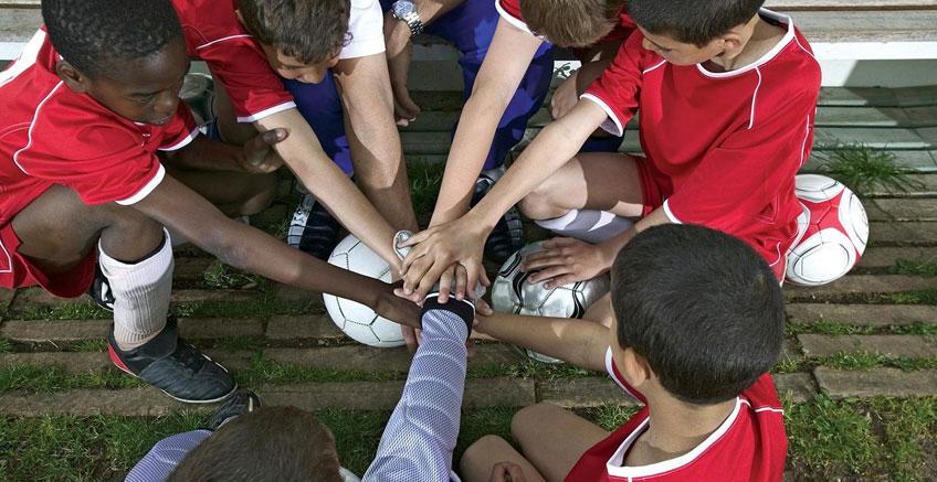 Takım Oyunları Liderliği Nasıl Şekillendiriyor?