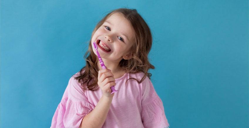 Çocuğunuzun Dişlerini Sağlıklı Tutmak İçin İpuçları