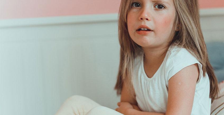 Korkan ve Sinirlenen Çocuğunuzu Rahatlatmak İçin İpuçları