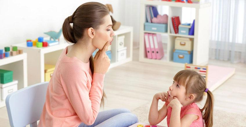 Dil ve Konuşma Konusundaki Kaygılarınızı Ebeveynlere Nasıl Aktarırsınız?