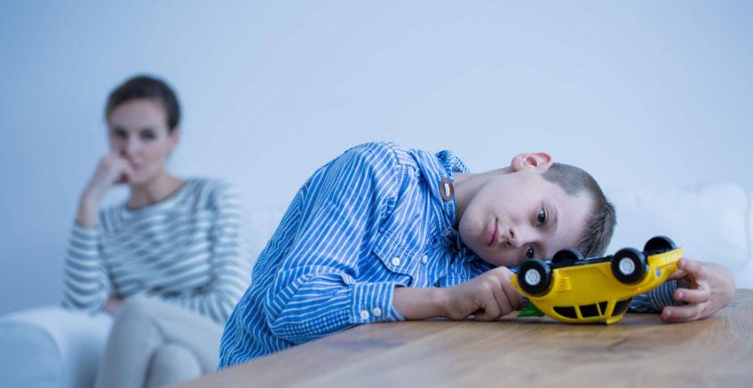 Otizmli Çocuğunuzla Güçlü ve Sevgi Dolu Bir Bağ Kurmanın 8 Yolu