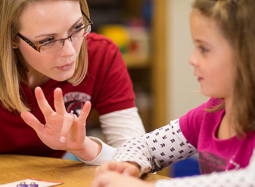 Dil ve Konuşma Terapisti Kimdir?
