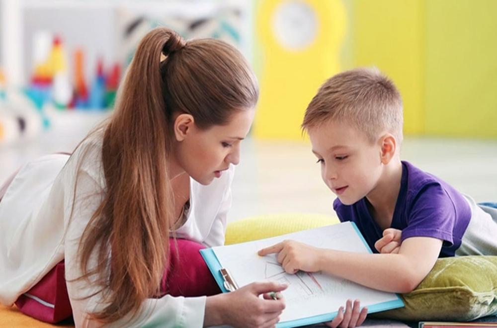 Disfaji'de Dil ve Konuşma Terapistleri'nin Rolü ve Sorumlulukları
