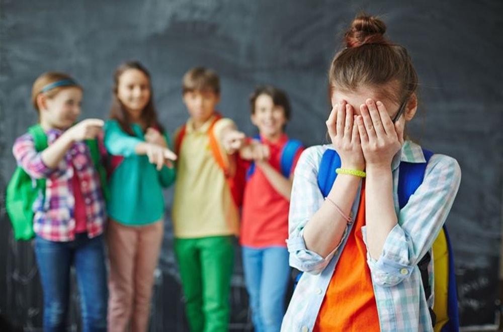 Çocuğunuzun Akran Baskısı ve Zorbalıkla Başa Çıkmasına Yardımcı Olmak