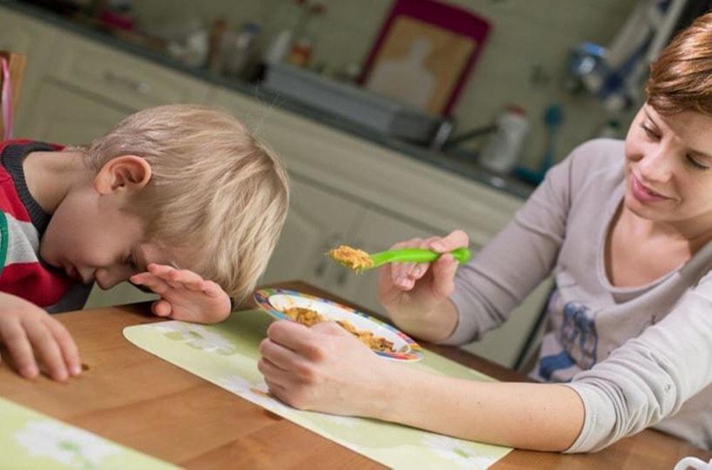 Pediatrik Disfaji'nin Belirtileri, Semptomları ve Nedenleri