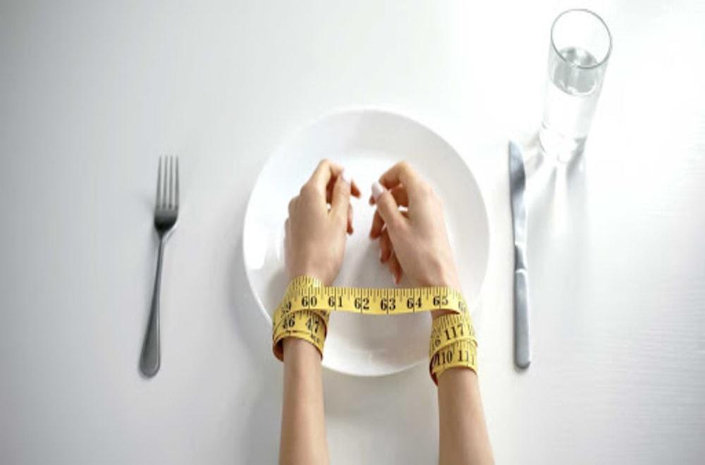 Yeme Bozukluğu Nedir? Yeme Bozukluğu Nedenleri, Belirtileri ve Tedavisi