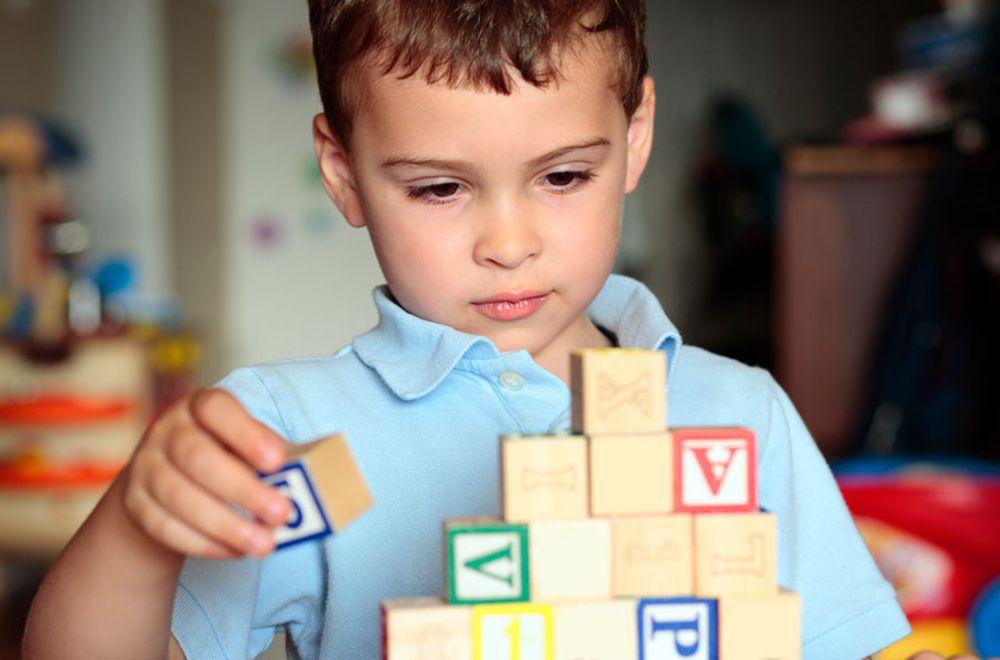Otizmli Çocuklara Öğretmek İçin 10 İpucu