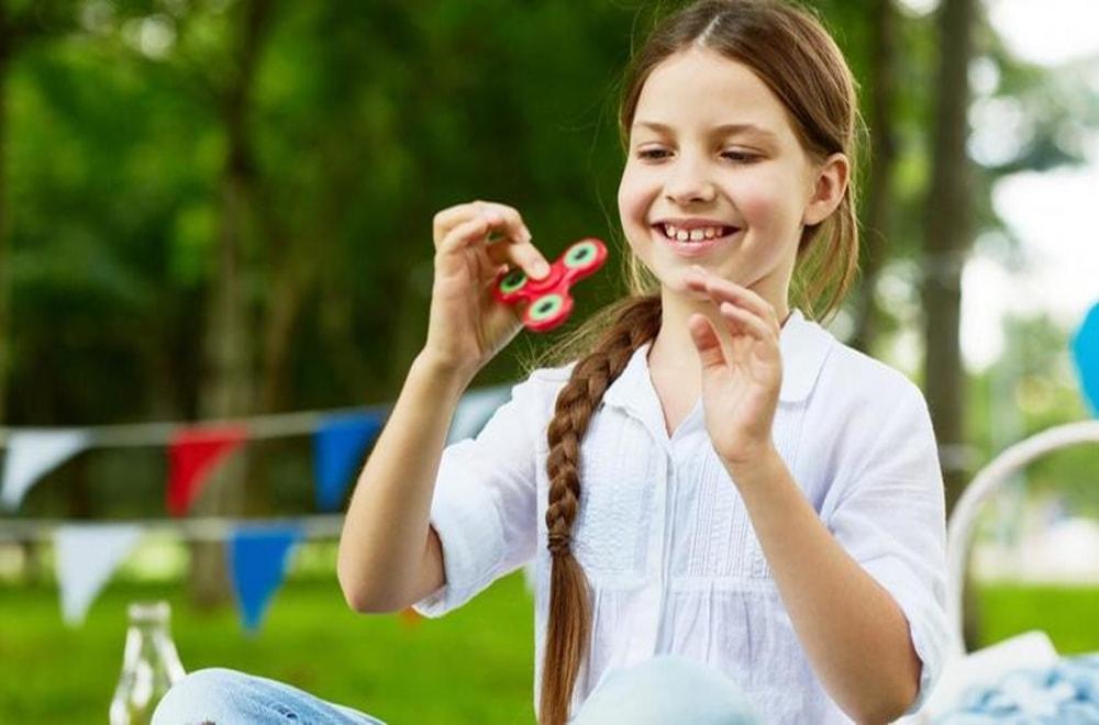 Kız Çocuklarında Otizm Belirtileri Nelerdir?